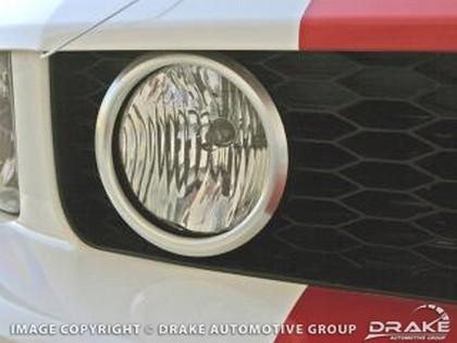 2005-09 Ford Mustang Drake Automotive Grille Light Bezel - GT (Satin)