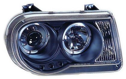 04-06 Chrysler 300C In Pro Car Wear Head Lamps, Projector W/ Rings - Black Housing / Clear Projector