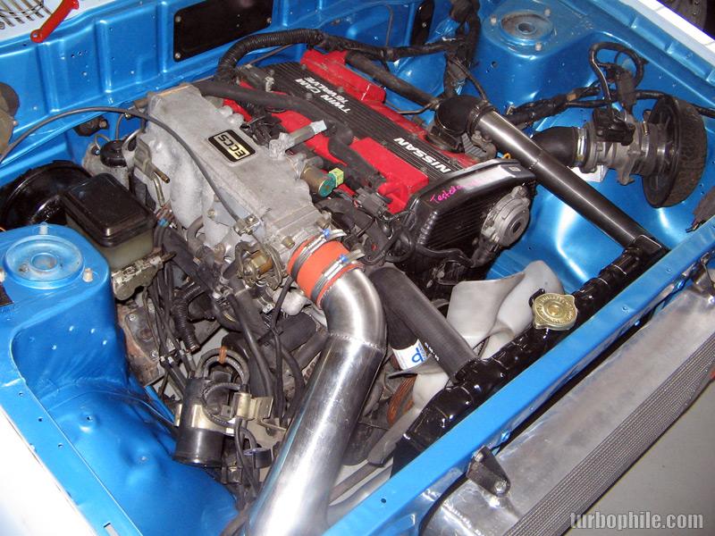 Engine Bay Lrg on Nissan Oil Filter Location