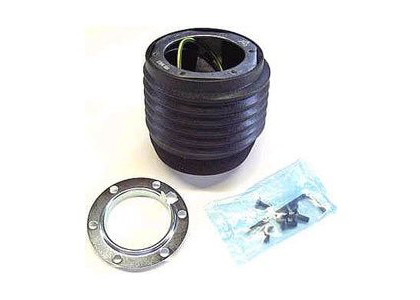 03-08 350Z MOMO Hub Adapter