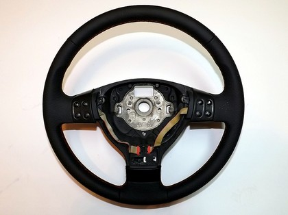 05-13 Volkswagen Passat Redline Accessories Steering Wheel