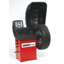 2001-2005 Toyota Rav_4 Ammco Model 1175 Coats® Medium Duty Wheel Balancer