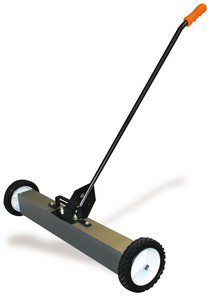 "1999-2007 Ford F250 Buffalo Tools 30"" Rolling Magnetic Sweeper"