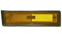 1973-1991 Chevrolet Suburban Goodmark Assembly For Side Marker Light (Right - Front) - w/Trim