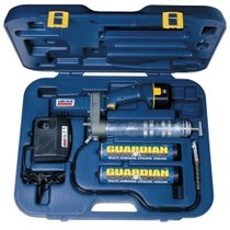 Universal (All Vehicles) Lincoln Lubrication 12 Volt DC Cordless ® Grease Gun With Case and Charger