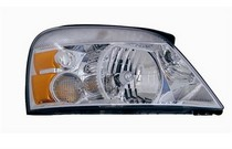 2004-2007 Ford Freestar TYC Headlight - Right Assembly