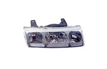 2005 Saturn Vue TYC Headlight - Right Assembly