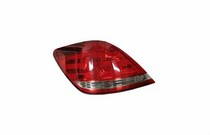 2005-9999 Toyota Avalon TYC Tail Light - Left Assembly