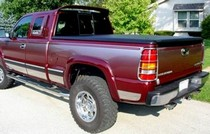 1999-2007* Chevy SilveradoStd/Ext/Crew Cab, 6.5ft Short Bed Classic, 1999-2007* GMC Sierra 1500-2500Std/Ext/Crew Cab, 6.5ft Short Bed Classic Undercover Classic Tonneau Cover
