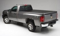 1999-2007* Chevy Silverado, Std/Ext/Crew, 8ft Long Bed Classic (will not fit dually), 1999-2007* GMC Sierra 1500-3500, Std/Ext/Crew, 8ft Long Bed Classic (will not fit dually) Undercover Classic Tonneau Cover